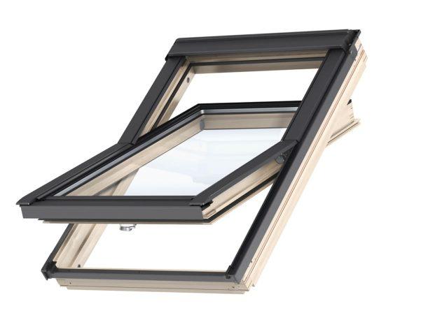 Покривен прозорец с горно управление