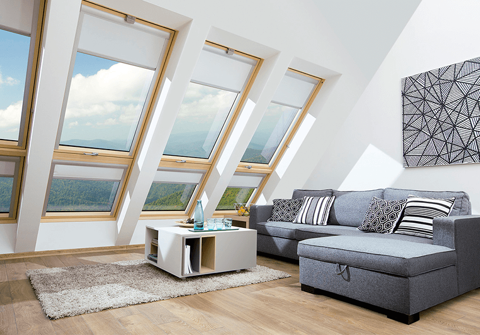 Покривни прозорци VELUX,с горно и долно управление